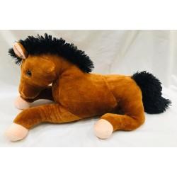 caballo acostado