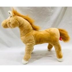 caballo parado