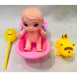 bebe en bañera